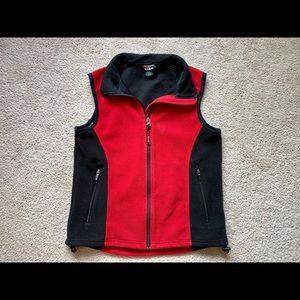 < L.L. Bean Vest >